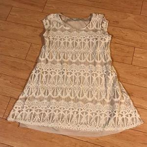 Maurices beige lace quarter sleeve dress